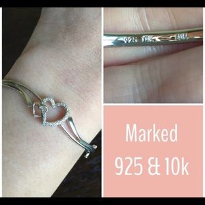 Jewelry - Sterling Silver Heart Bangle